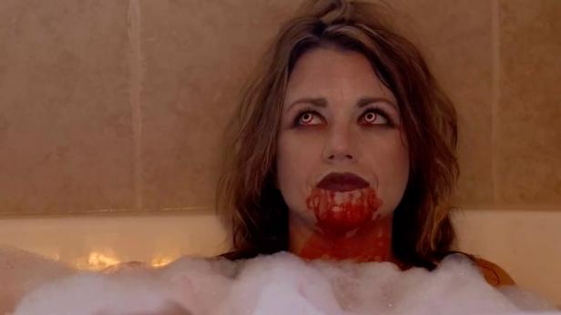 Queen Dracula - 1.jpg